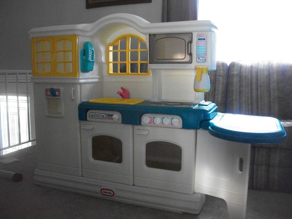 Hard To Find Very Rare Little Tikes Tykes Country Kitchen Play