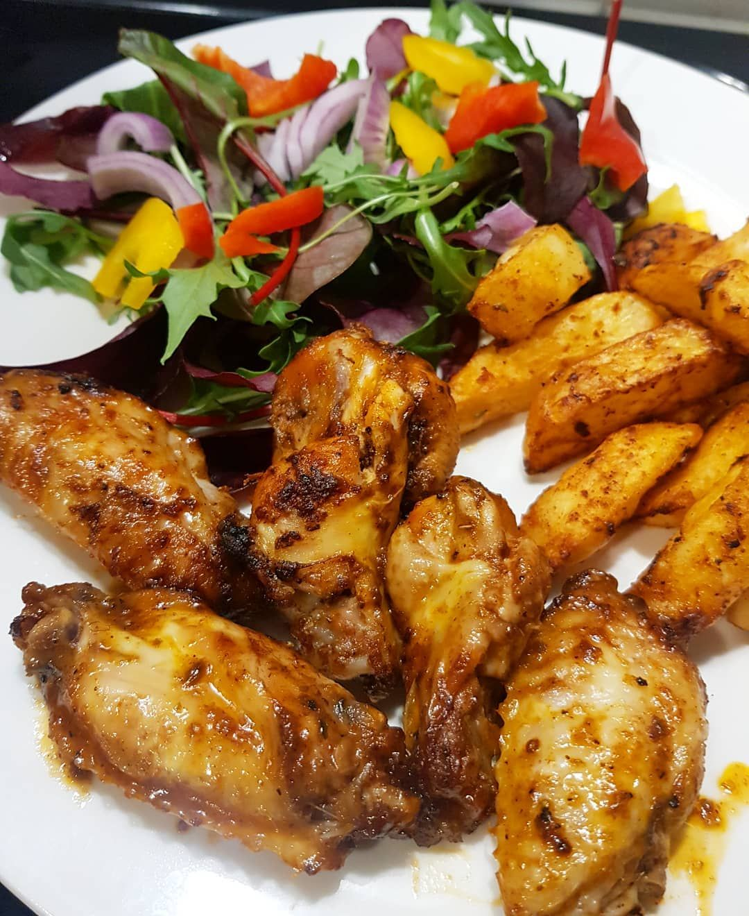 Wings & chips . . Fancied something bad, so decided to make some wings and chips. Wings are made usi...