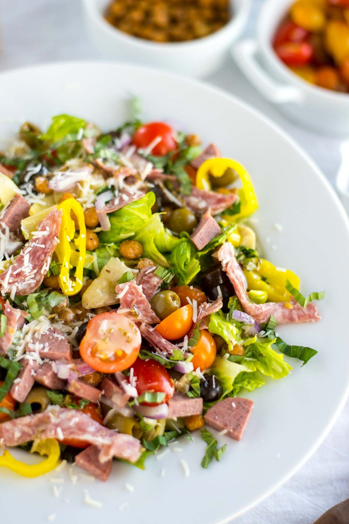 Looking For An Easy And Clean Weeknight Dinner Look No Further Than This Easy Family Friendly Itali Italian Chopped Salad Healthy Salad Recipes Chopped Salad