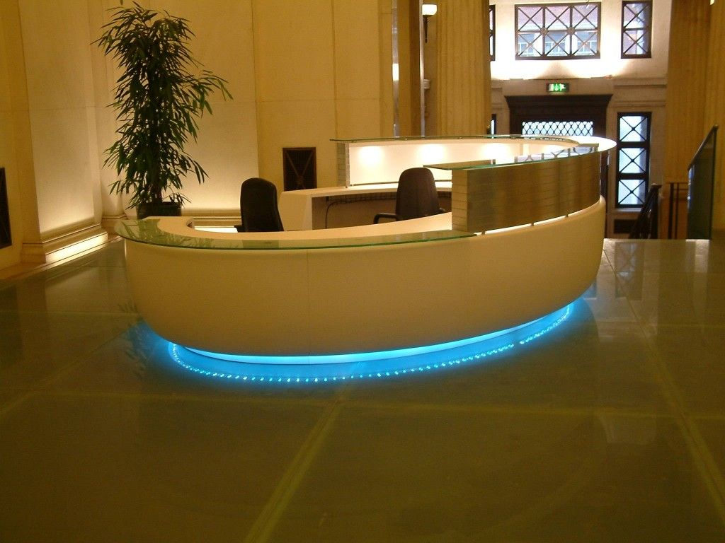 Modern round reception desk fusion executive office for Hotel table design