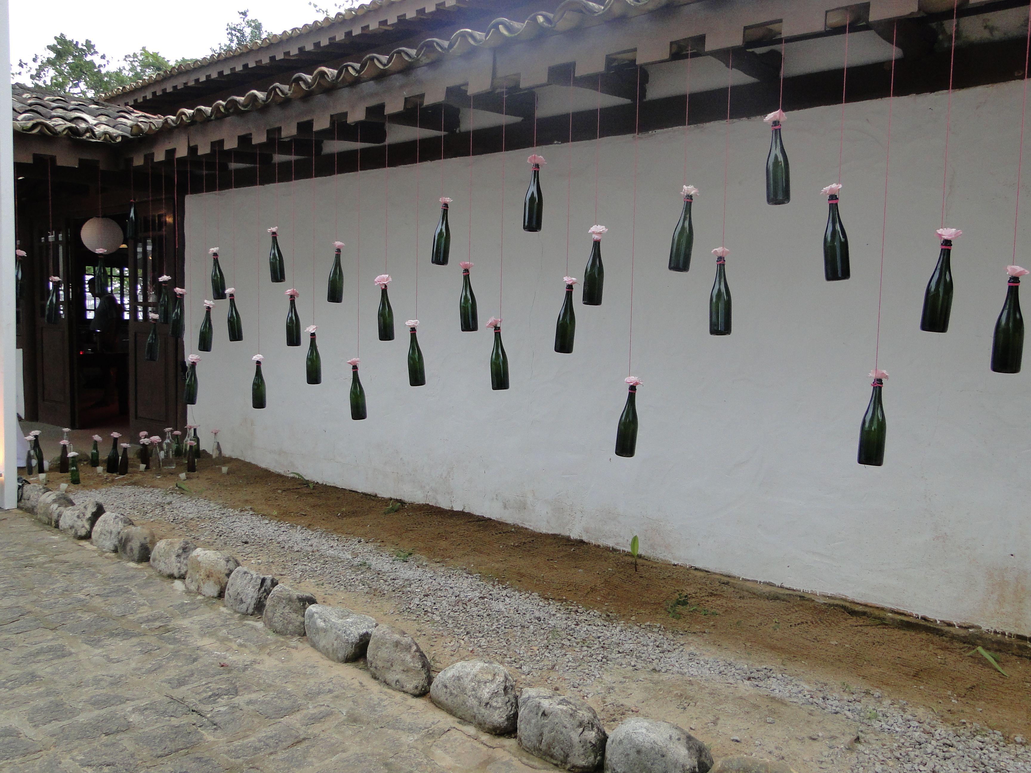 garrafas pendentes