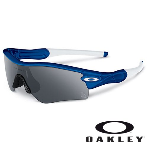531f0136a9 Los Angeles Dodgers MLB® RADAR® PATH™ Sunglasses by Oakley - MLB.com Shop