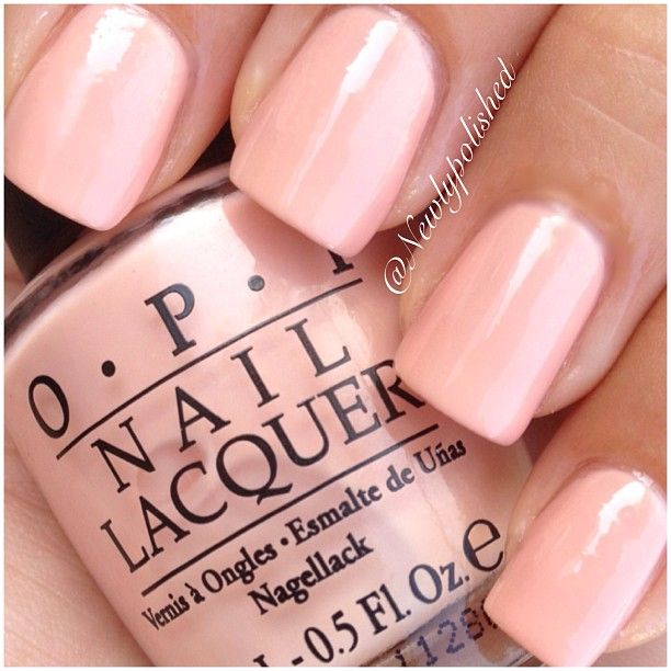 Pin By Rochelle Hollon On Gold Nail Designs In 2020 French Tip Acrylic Nails Gel Nails French Prom Nails French