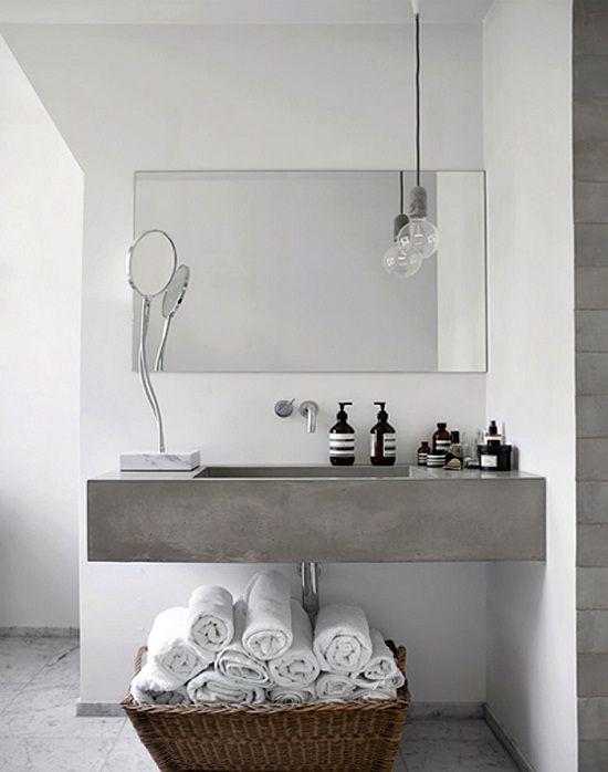 conseils astuces comment moderniser sa salle de bain pinterest salle de bains salle. Black Bedroom Furniture Sets. Home Design Ideas