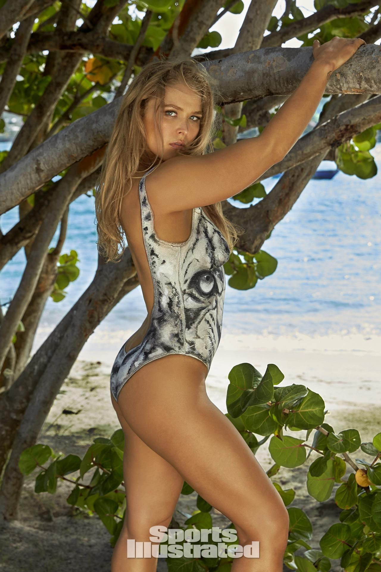 Here Is Ronda Rousey's Exact Diet and Exercise Plan for You toCopy advise