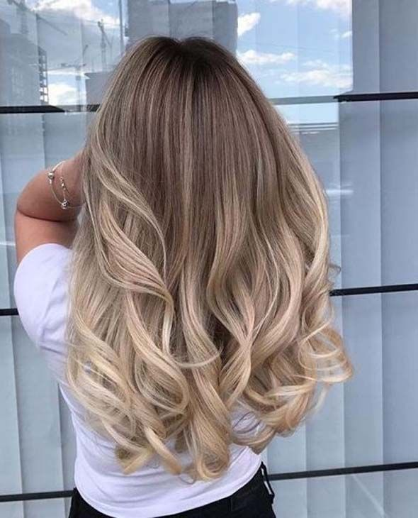 Blonde geschichtete Frisuren Ideen 2019 rauchig verschiedene atemberaubende Trends #makeuptrends
