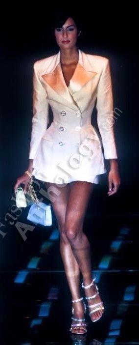 Yasmeen Ghauri - Atelier Versace