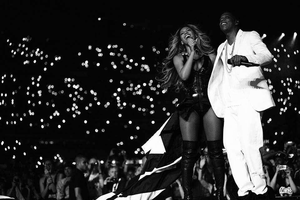 Beyonce Jay-Z Paris Louvre - StraightFromTheA-11