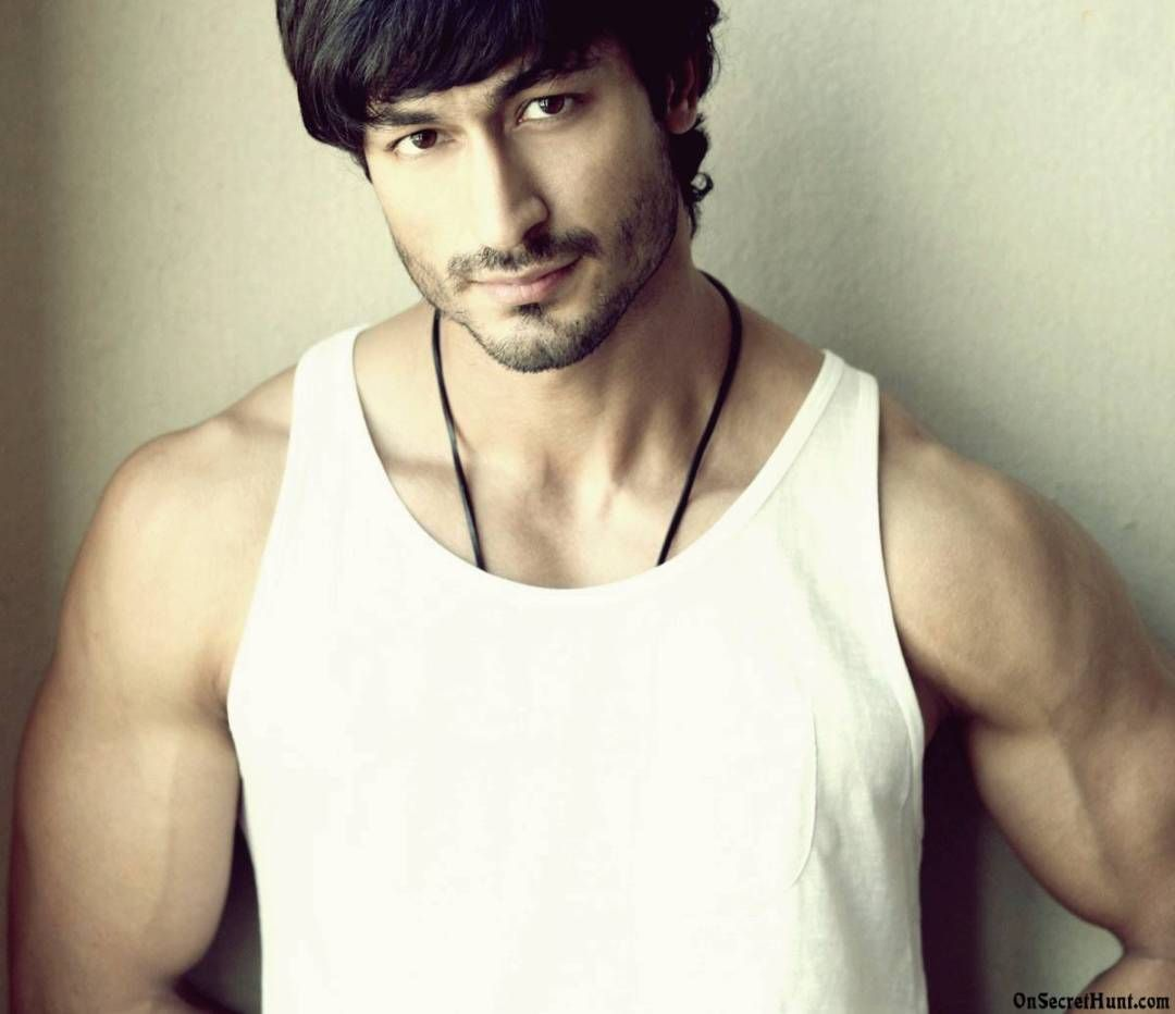 Vidyut Jamwal Fitness Routine For Superbody Vidyut Jamwal Vidyut Jamwal Body Ripped Body