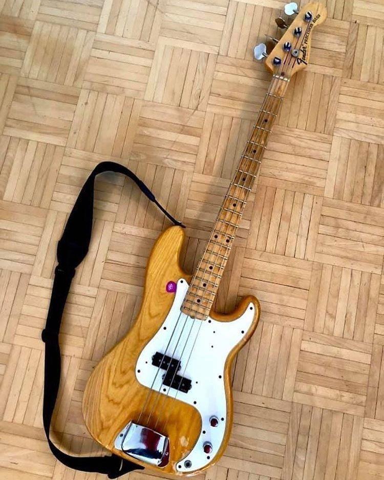 Bass guitar bridge 4 strings bass guitar repair kit