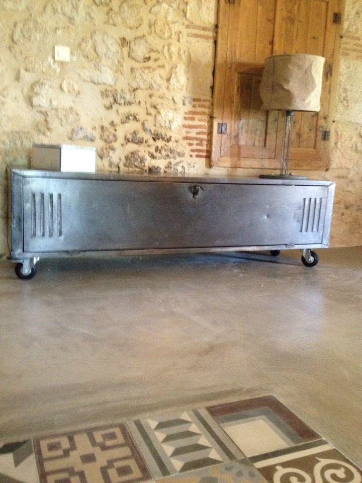 Indus Meuble Tv Metal Habille De Zinc Deco Maison Mobilier De Salon Decoration Interieure