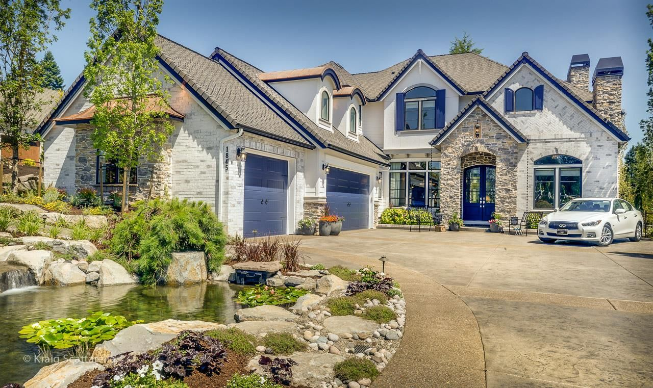 The Highland Couture By Pahlisch Homes