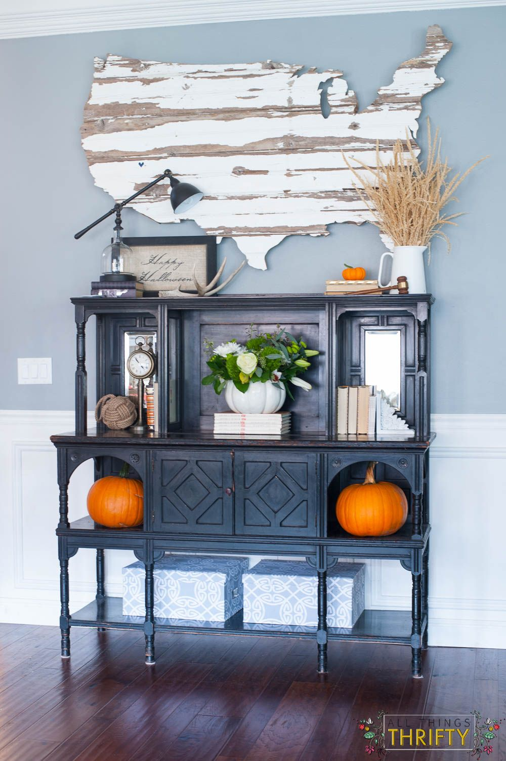 fall decorating tour part 1 garage cleaning all things halloween rh pinterest com