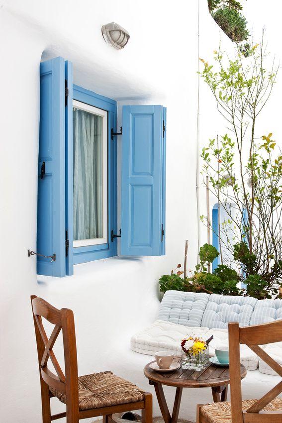 Blue & White Corner in Mykonos