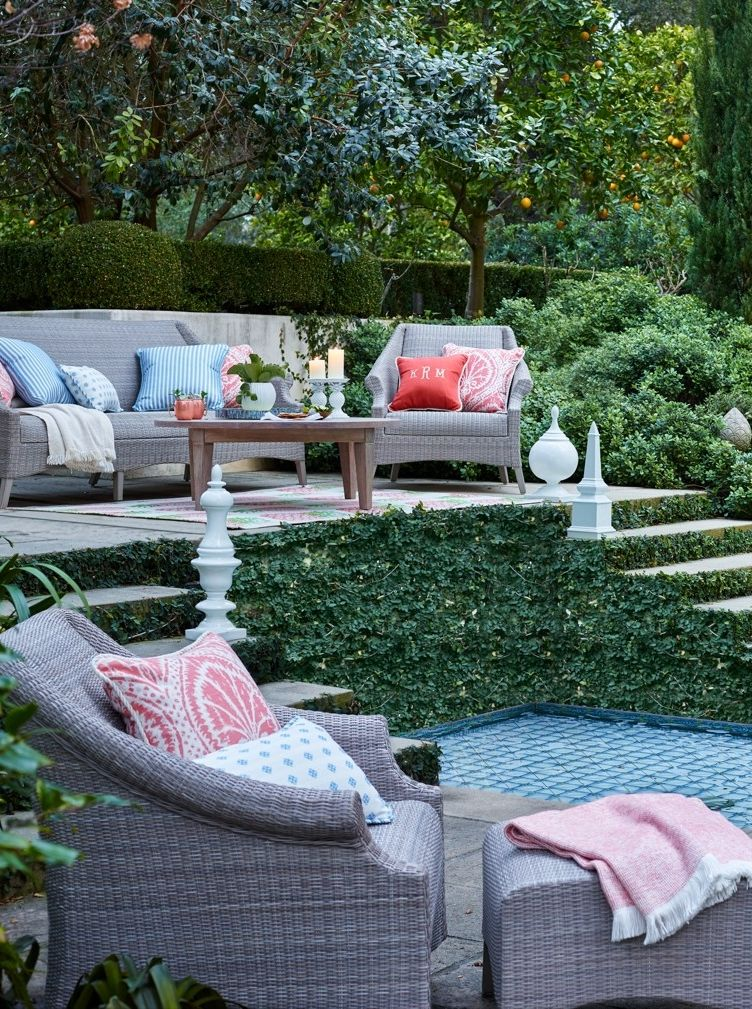 The Rich Uninterrupted Texture Of Madison Seating Conveys Carefree Beauty Cushionless Living In All Weather Wicker
