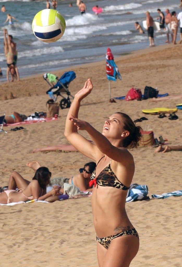 Alex Morgan Photos Photos Alex Morgan On The Beach Alex Morgan Alex Morgan Bikini Beach Volleyball Bikinis
