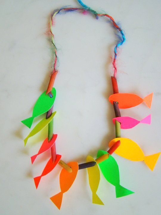 Macaroni and paper fish necklace craft ideas for Vacation bible school crafts for adults