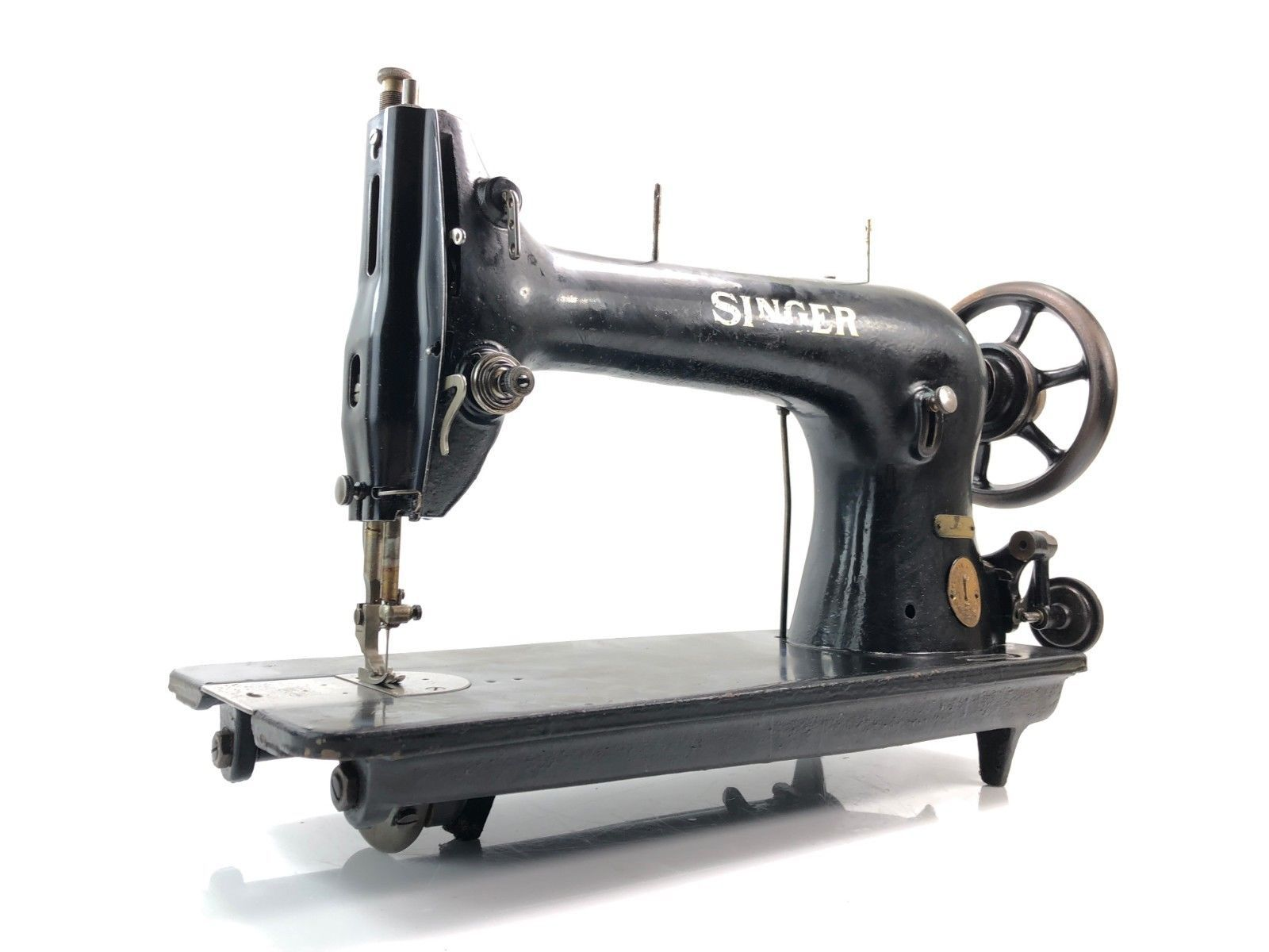Singer 31k Industrial Sewing Machine Leather Upholstery Head Only Ebay Sewing Machine Industrial Sewing Machine Industrial Sewing