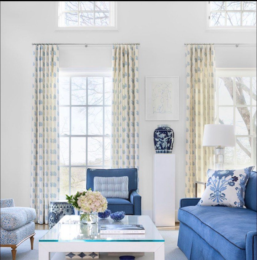 "Kevin Walsh on Instagram: ""Sunny Sunday 🌞 @kevinbearhill @bearhillinteriors 📸 @rettpeek #arkansas #interiordesign #sunday #sundaybest #blueandwhite…"""