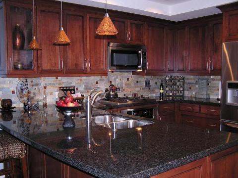 Create A Wonderful Backsplash For Contemporary Kitchen Cherry Cabinets Kitchen Interior Design Kitchen Backsplash With Dark Cabinets