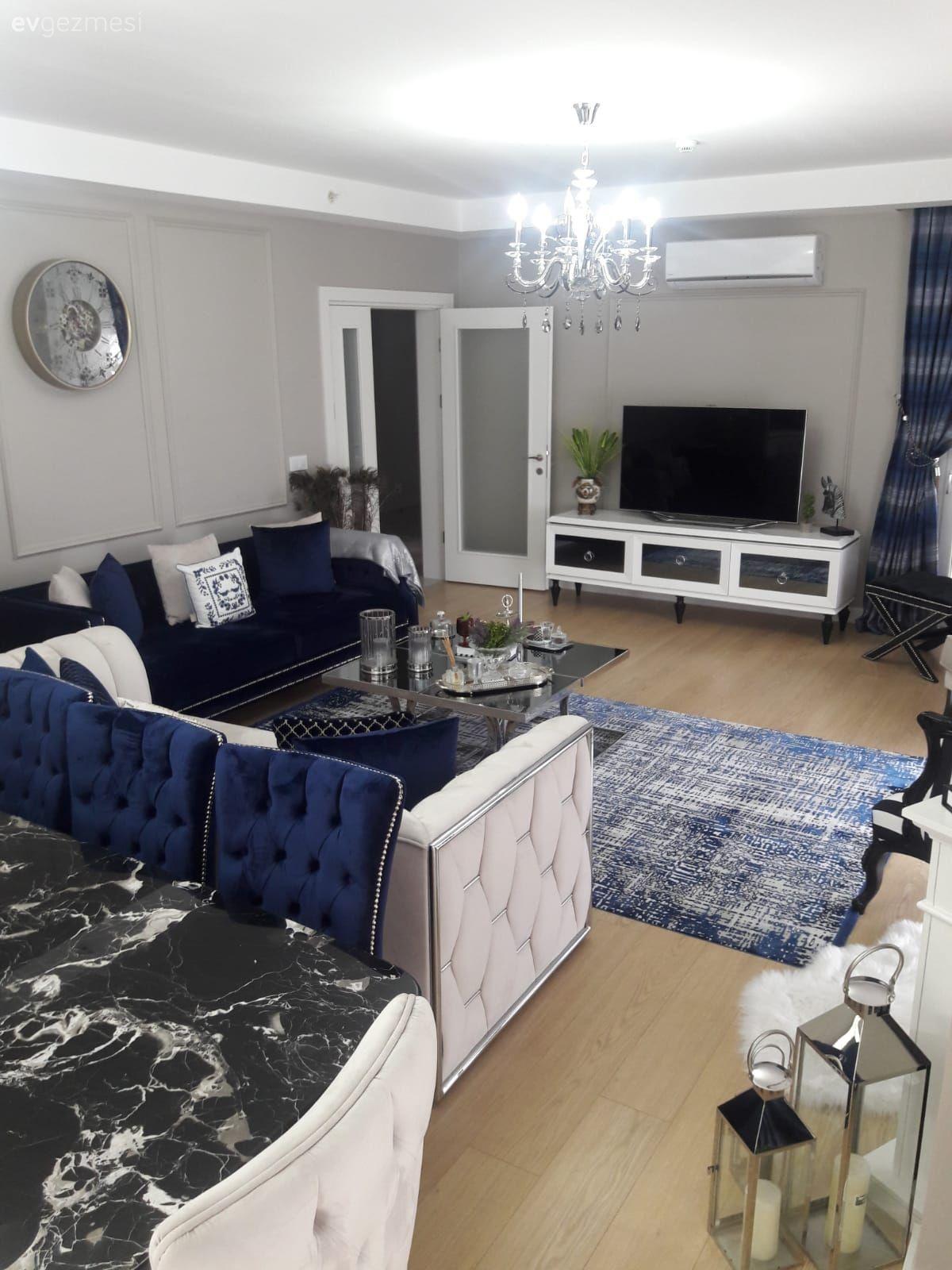 Bu Modern Luks Evde Detaycilik Hukum Suruyor Ev Gezmesi Luks Evler Oturma Odasi Takimlari Ev Dekorasyon Renkleri