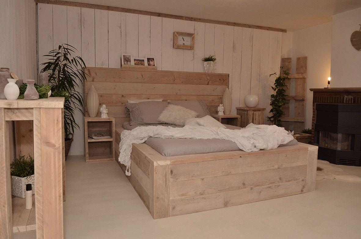 Afbeeldingsresultaat voor hoofdbord bed steigerhout new master