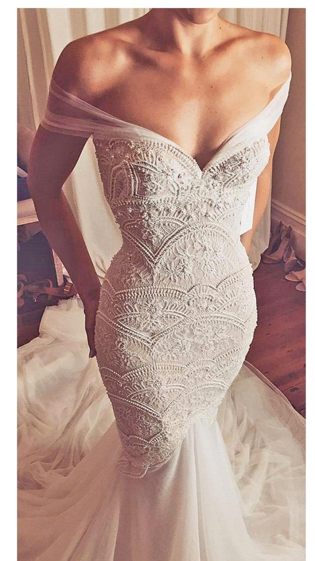 Reddit - weddingplanning - What dress is this???? (With ...