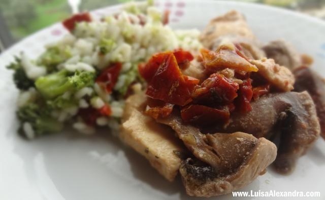 Arroz de Broculos com Tomate Seco e Frango photo DSC00631.jpg