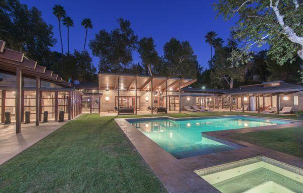 Modern Concrete And Glass Pad Set Hillside Above The San Fernando