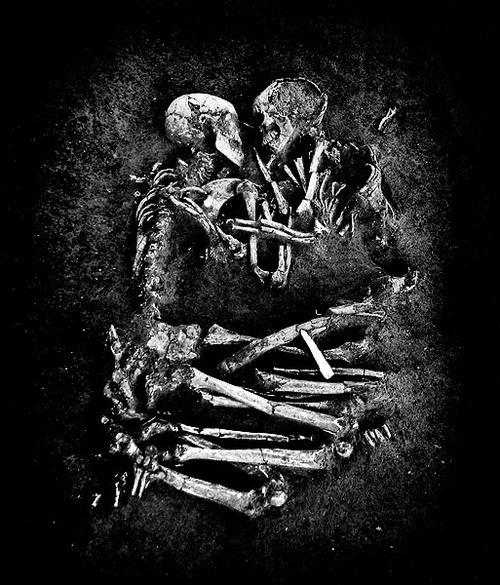 Skeleton Embrace