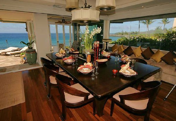 luxury tiger woods home in hawaian island dining room space area, Photo  luxury tiger woods