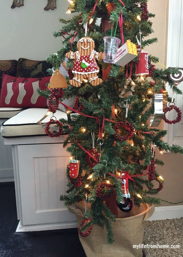 Kitchen Tree & Cozy Christmas Kitchen Tour| My Life From Home| http://www.mylifefromhome.com | Christmas | kitchen decorating for Christmas | Christmas Kitchen | cookie cutter tree | kitchen tree |