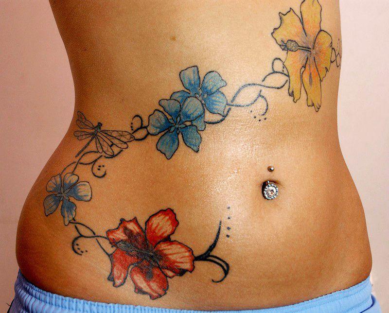 Sexy Bauchnabel-Tattoos