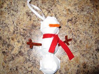 Antidotes for Mom: Felt Gingerbread Ornaments (ok, an Egg Carton Snowman Ornament too!)