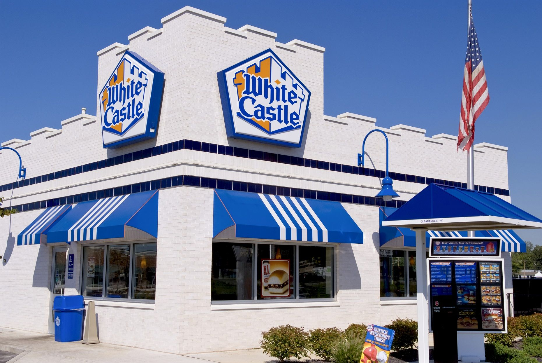 Things You Didnt Know About Your Favorite Fast Food Chain The First