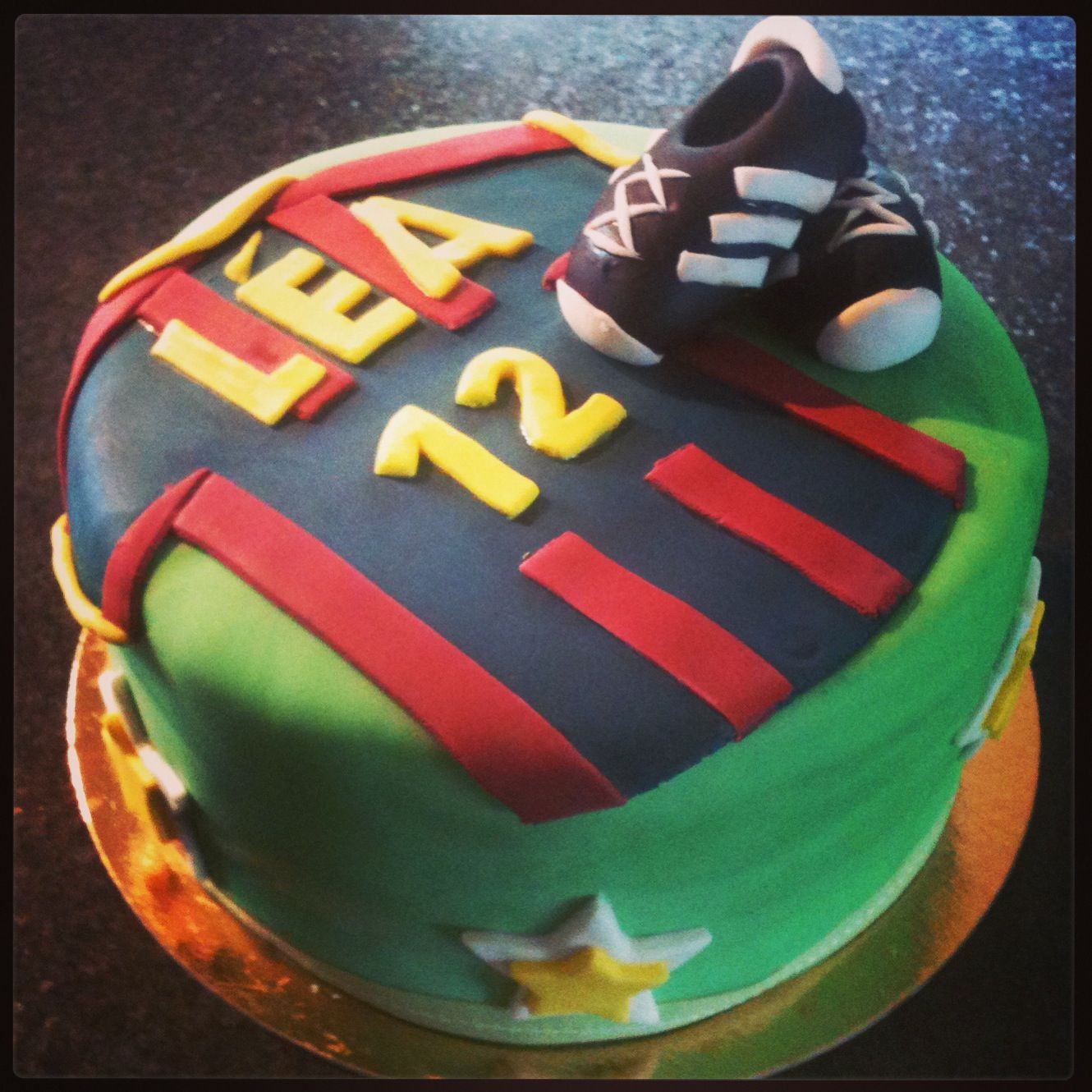 Happy birthday to a soccer fan and player. Soccer cake.
