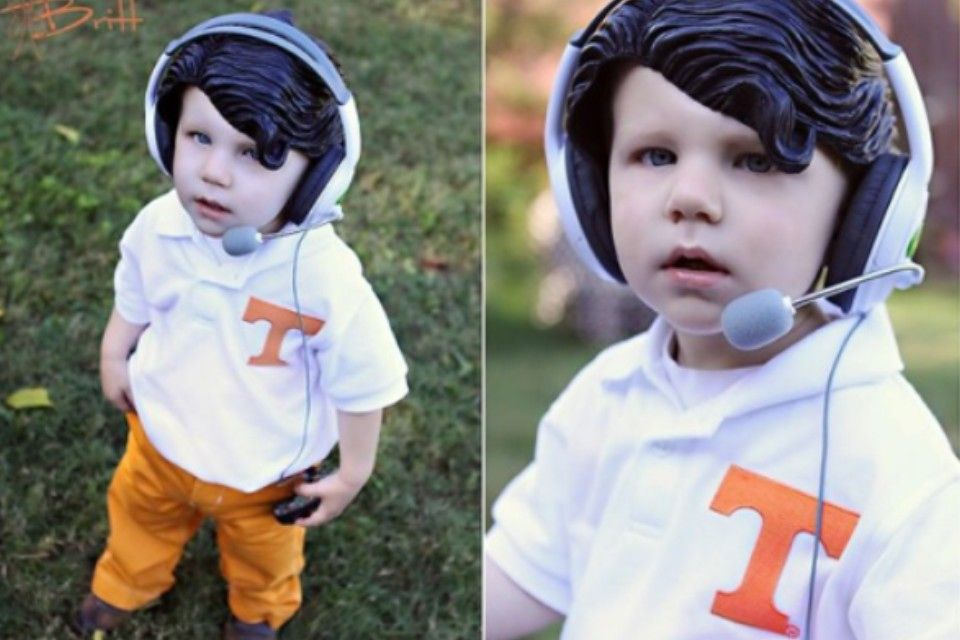 Derek Dooley costume. Cute! I would so do this if I had a kid