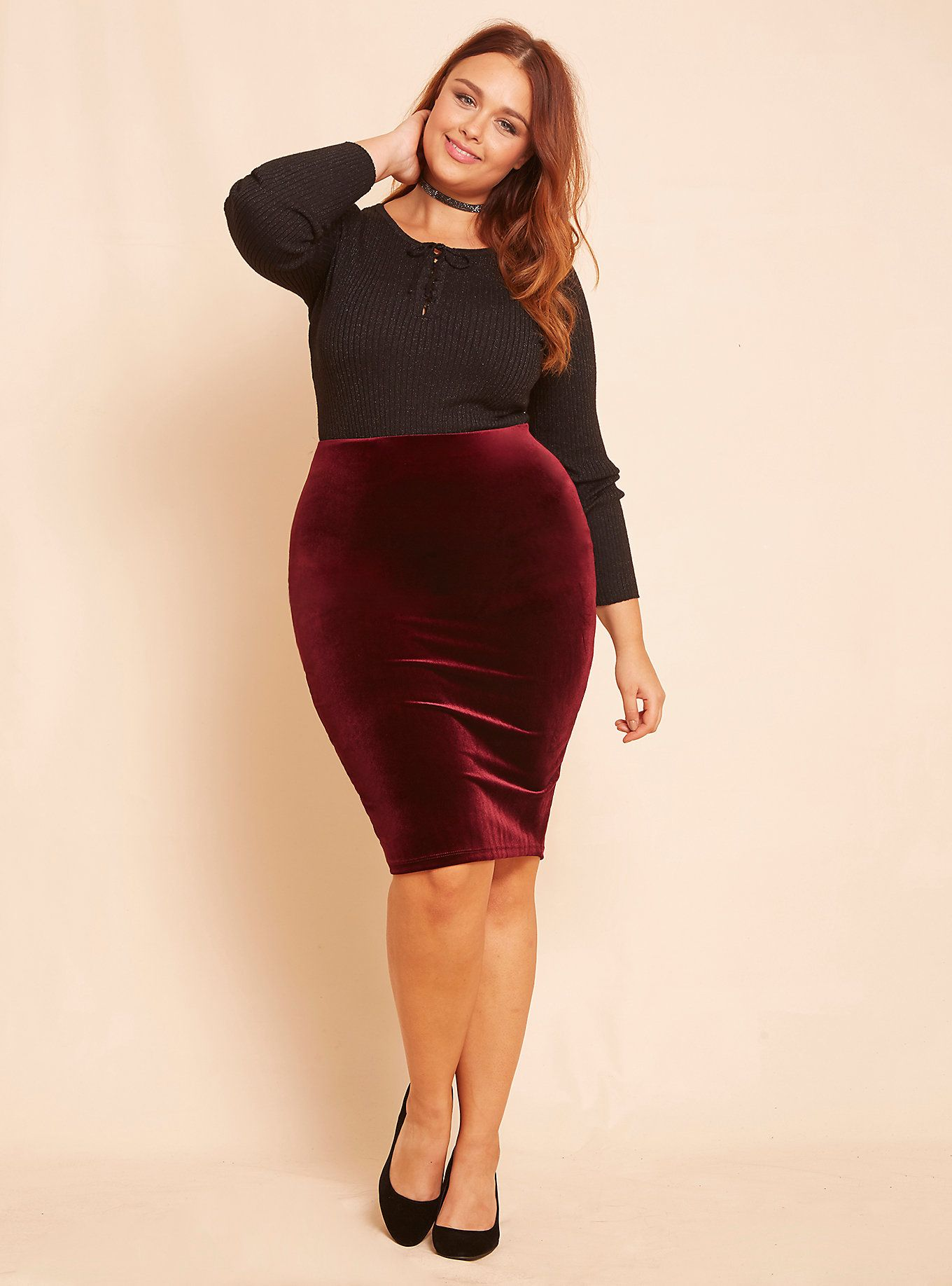 85b0e0f7830564 Viva la velvet! This pencil skirt just makes us want to celebrate, can't ya  tell? The clingy-yet-stretchy burgundy velvet totally crushes it with a  pull-on, ...