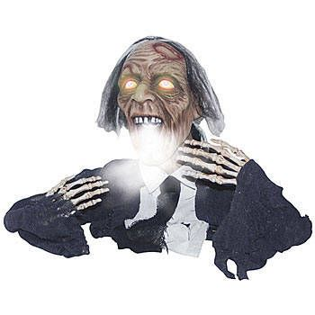 This Sonic Fogging Groundbreaker Ghoul is a sound activated ghoul