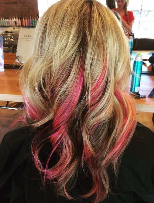 Pretty Ideas Of Peek A Boo Highlights For Any Hair Color Blonde Hair With Highlights Hair Highlights Hair Styles