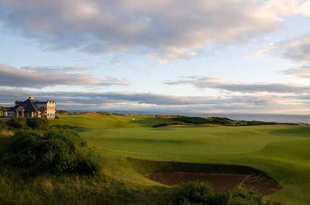 Kings Barns Golf Course Scotland Kingsbarns Golf Links Hasn T Rested On Its Laurels Scotland Golf Golf Courses Golf Kingsbarns Golf