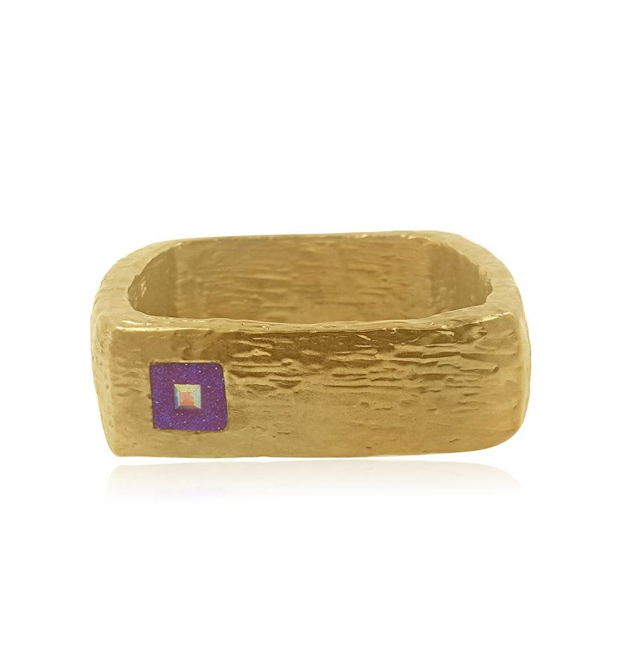 This is a gold bracelet that is made with the finest workmanship and