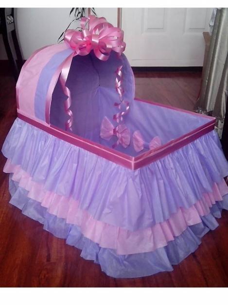 Moises de carton para baby shower buscar con google for Imagenes de futones