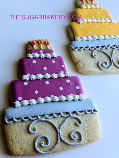 W WEDDING CAKE COOKIE 416x550 Pixels