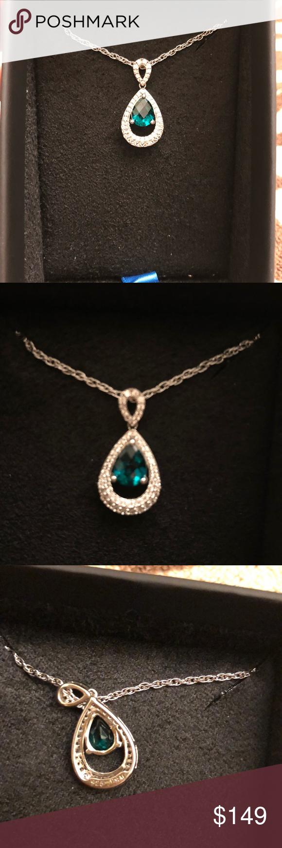 Man made emerald pendant set in s silver nwt my posh picks