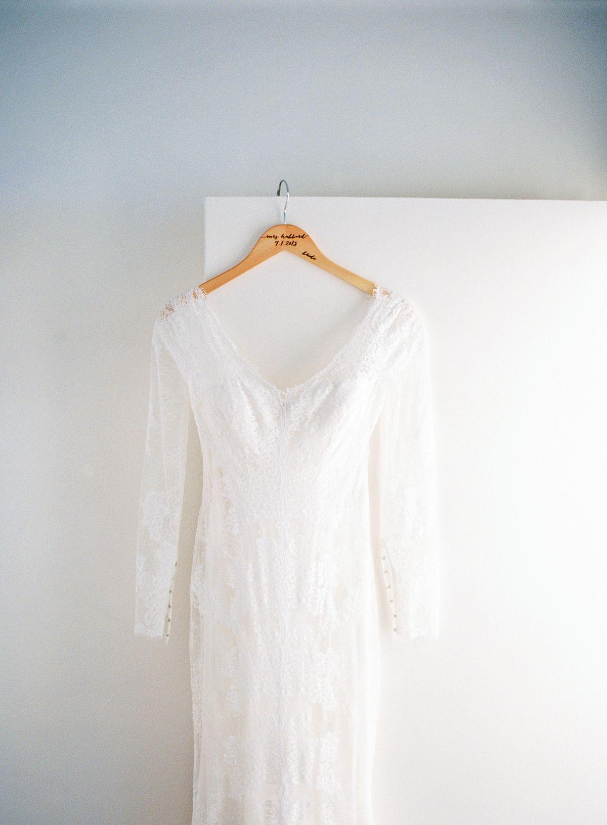 White and ivory rustic chic wedding in idaho elegant wedding dress