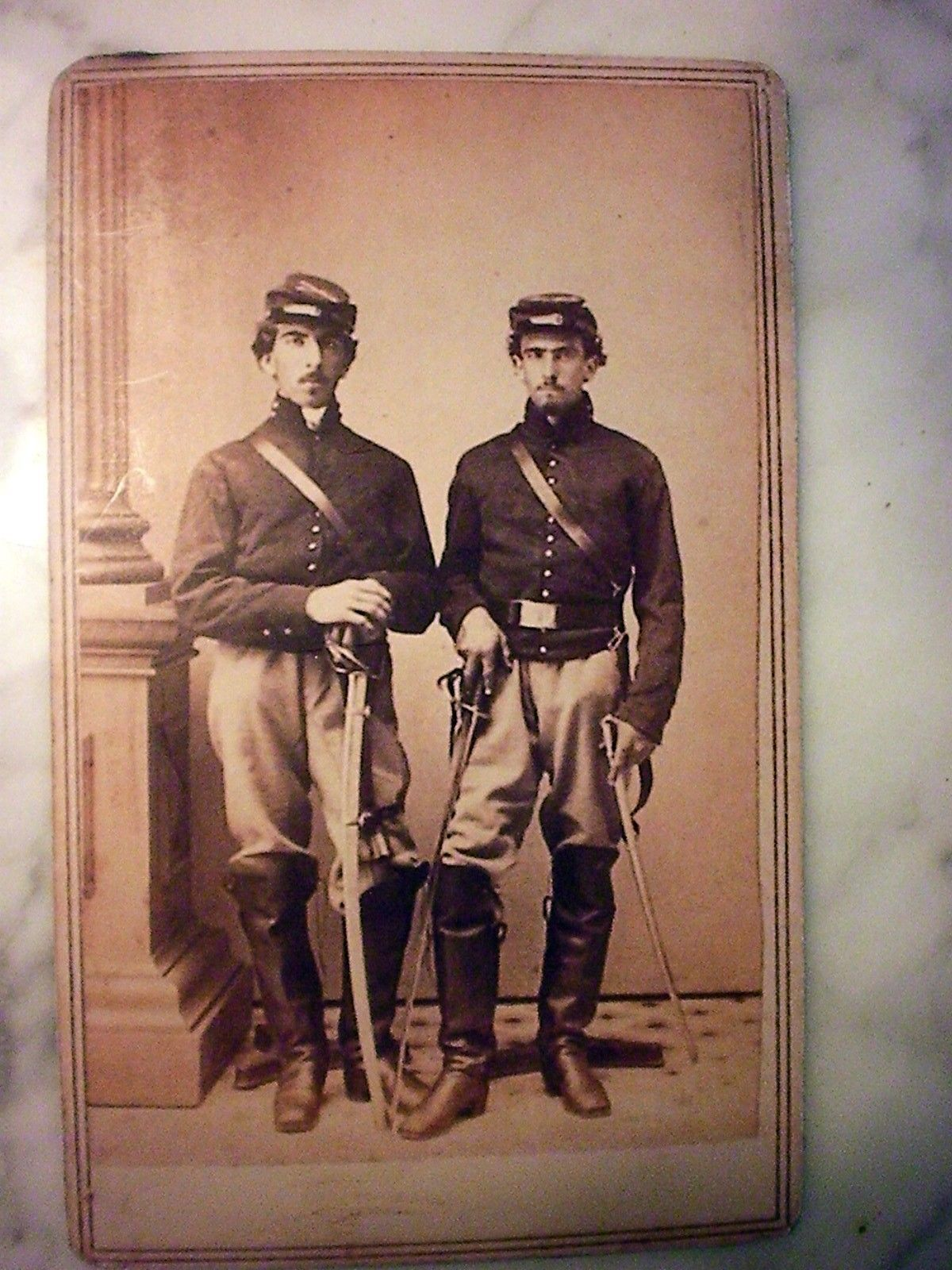 Photographs Militaria The Cheapest Price Antique Cdv Photograph Civil War Soldier Young Man With Cap