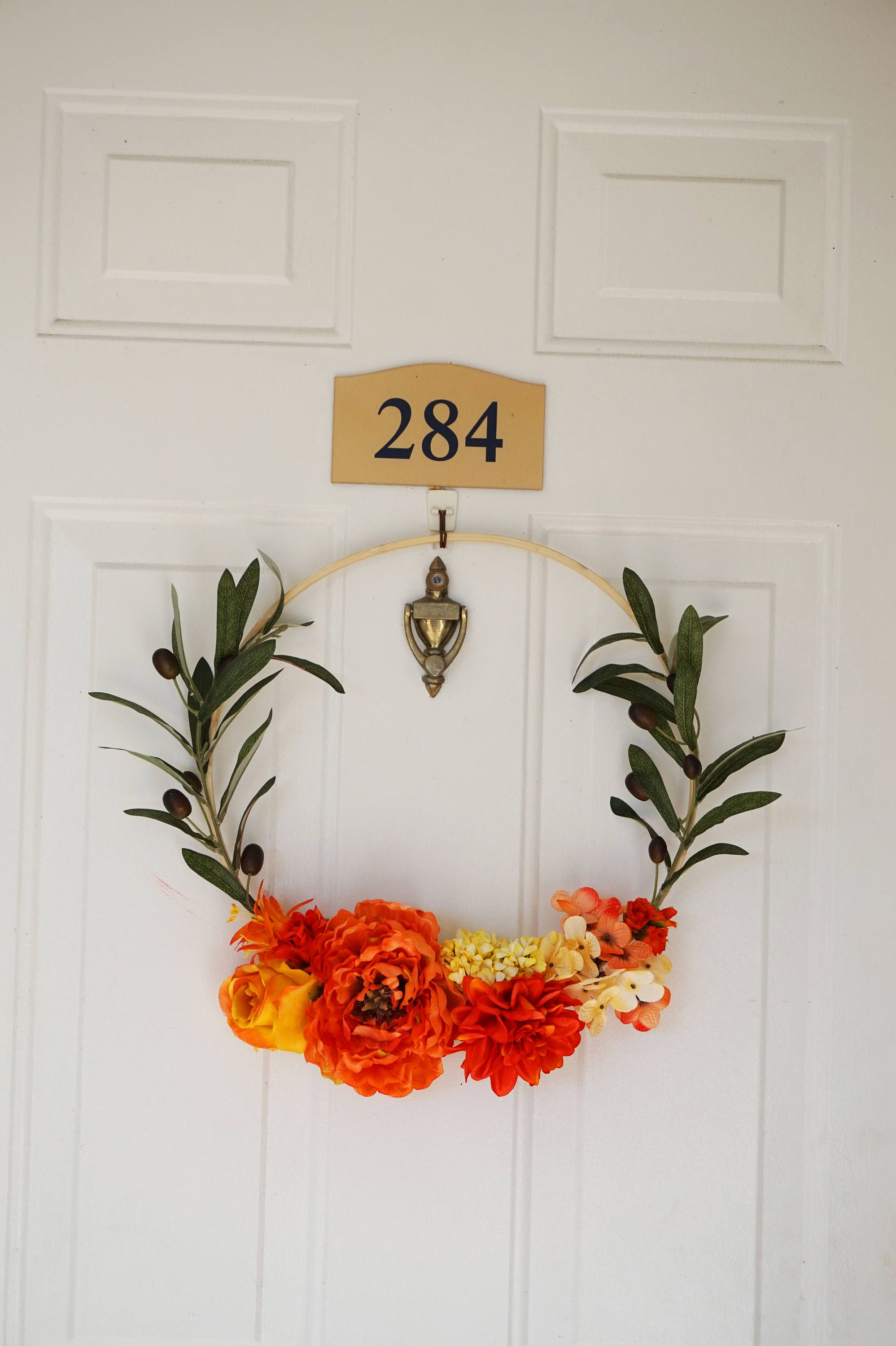 Beautiful And Modern Door Wreath Is Unique Year Round Wreath Spring Wreath Orange And Yellow Wreaths Front Door Wreaths Diy Door Wreaths Diy Spring Wreath