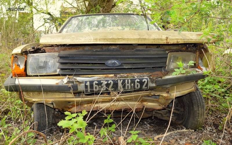 Pin By K Cottes On Scrap Yards Abandoned Cars Barn Finds Abandoned Cars Car Barn Rust In Peace