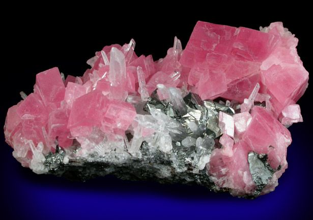 Rhodochrosite With Quartz And Tetrahedrite From Sweet Home Mine Buckskin Gulch Alma District Park County Colorado Online Mineral Museum Photographic